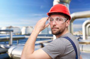 Arbeiter im Fabrikgelnde // Workmen